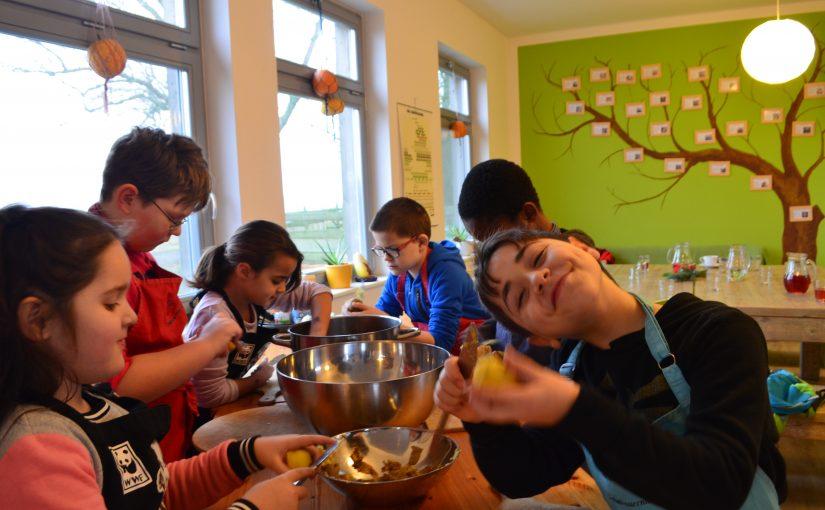 Auch im Winter lohnt sich der Besuch auf dem Schulbauernhof